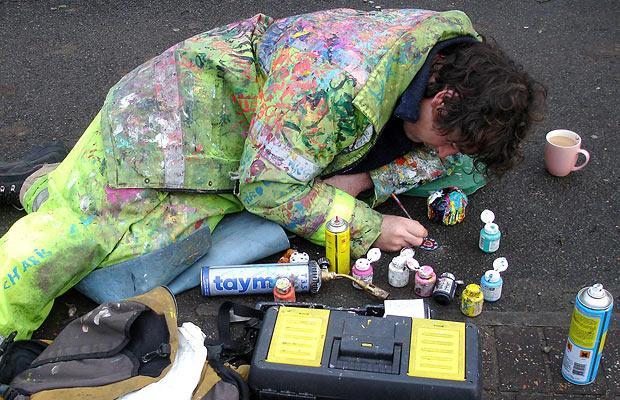 Ben Wilson: художества на жевательной резинке.