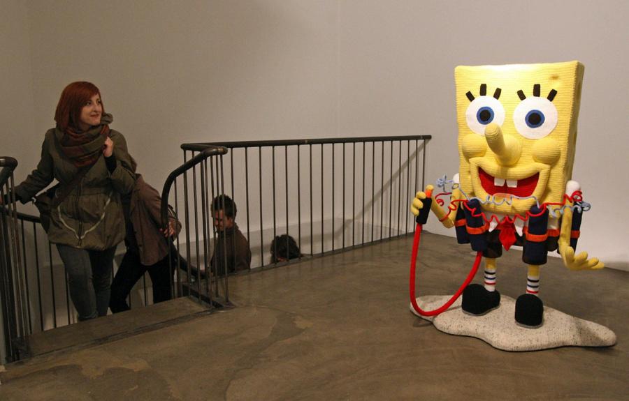 Выставка Broken Heroes.