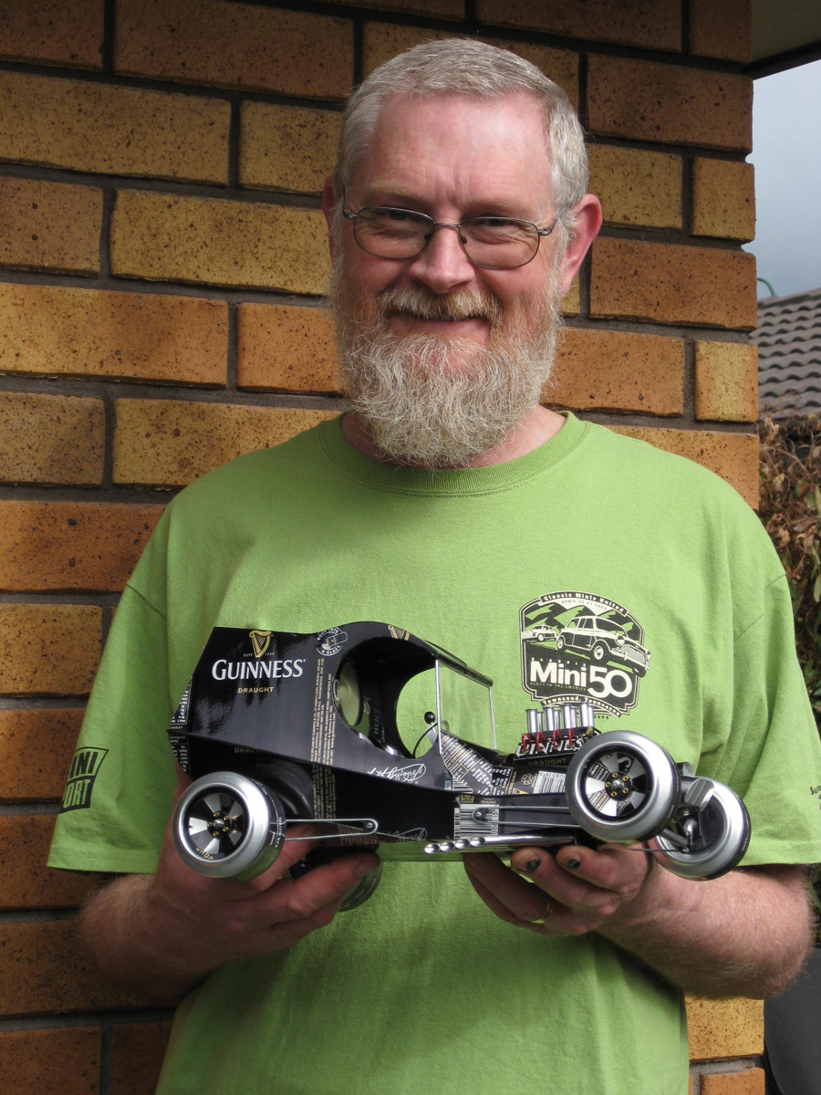 Мистер Sandy Anderson и его автомобили.