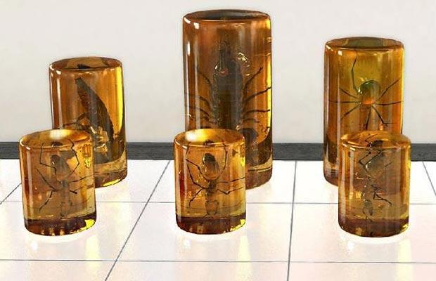 Художники Damien Hirst, Rachel Whiteread и Chapman Brothers изобрели шахматы.