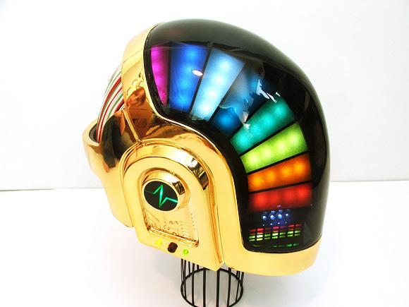 Шлем Daft Punk за 17 месяцев.