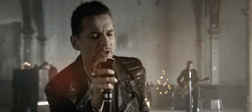 Depeche Mode: Heaven.
