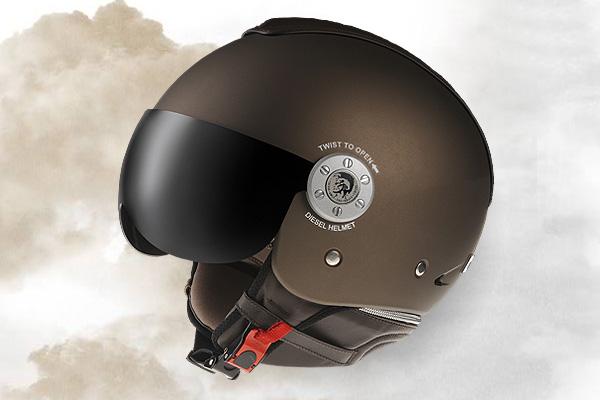 Мотоциклетные шлемы Diesel.