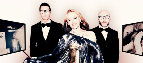 Dolce & Gabbana обновили гардероб Kylie Minogue.