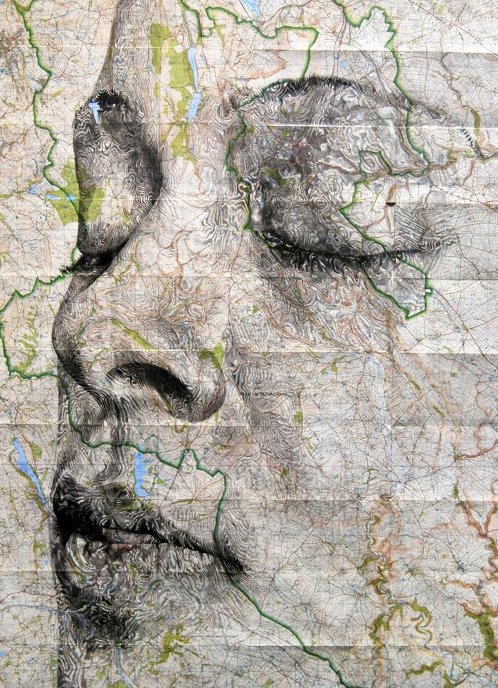 Ed Fairburn: портреты на географических картах.