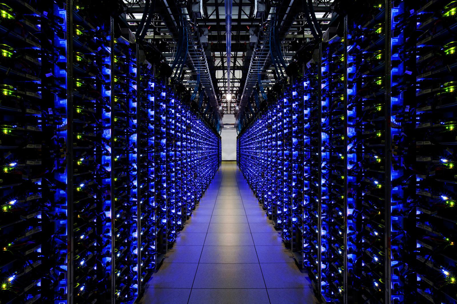 Место, где живет интернет. Датацентры Google.