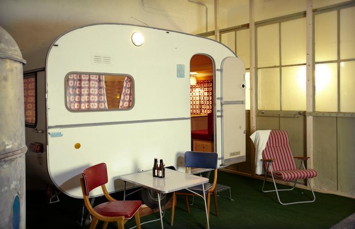Отель с трейлерами вместо номеров.