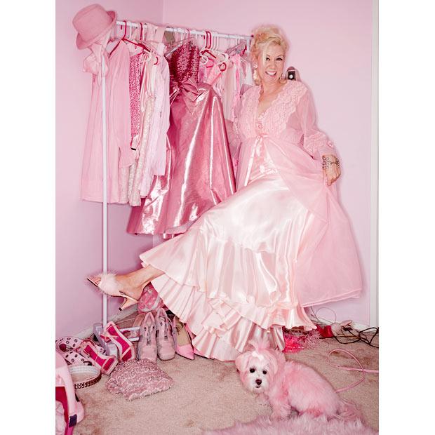 Kitten Kay Sera: любительница розового.