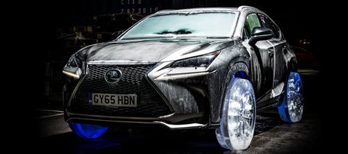 Lexus NX на ледяных колёсах.