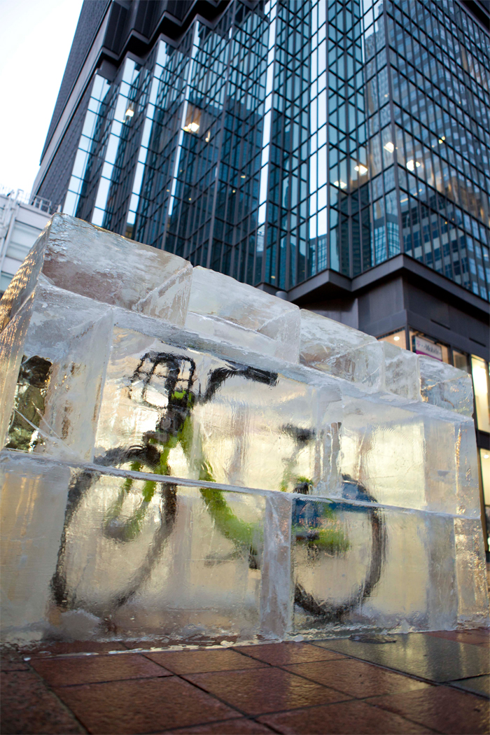 Nice Ride: замороженный велосипед.