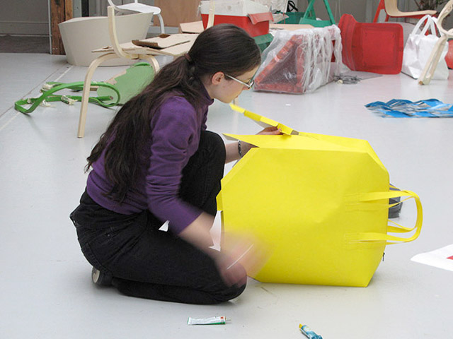 Бумажные сумки Papier Bags от Stefan Diez.