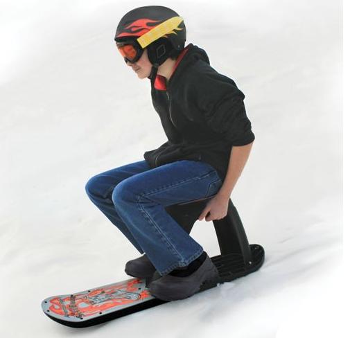 Сидячая доска для сноуборда.