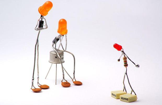 Sparebots: из жизни батареек.
