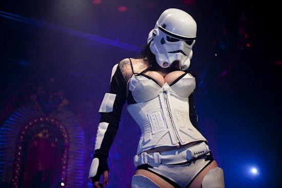 Star Wars Burlesque шоу.