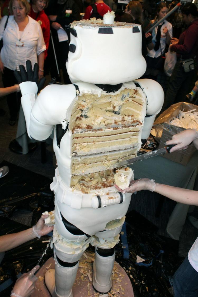 Stormtrooper-торт.