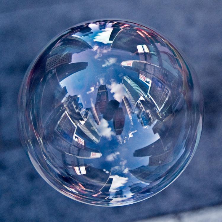 Tom Storm. Пейзажи в мыльных пузырях.